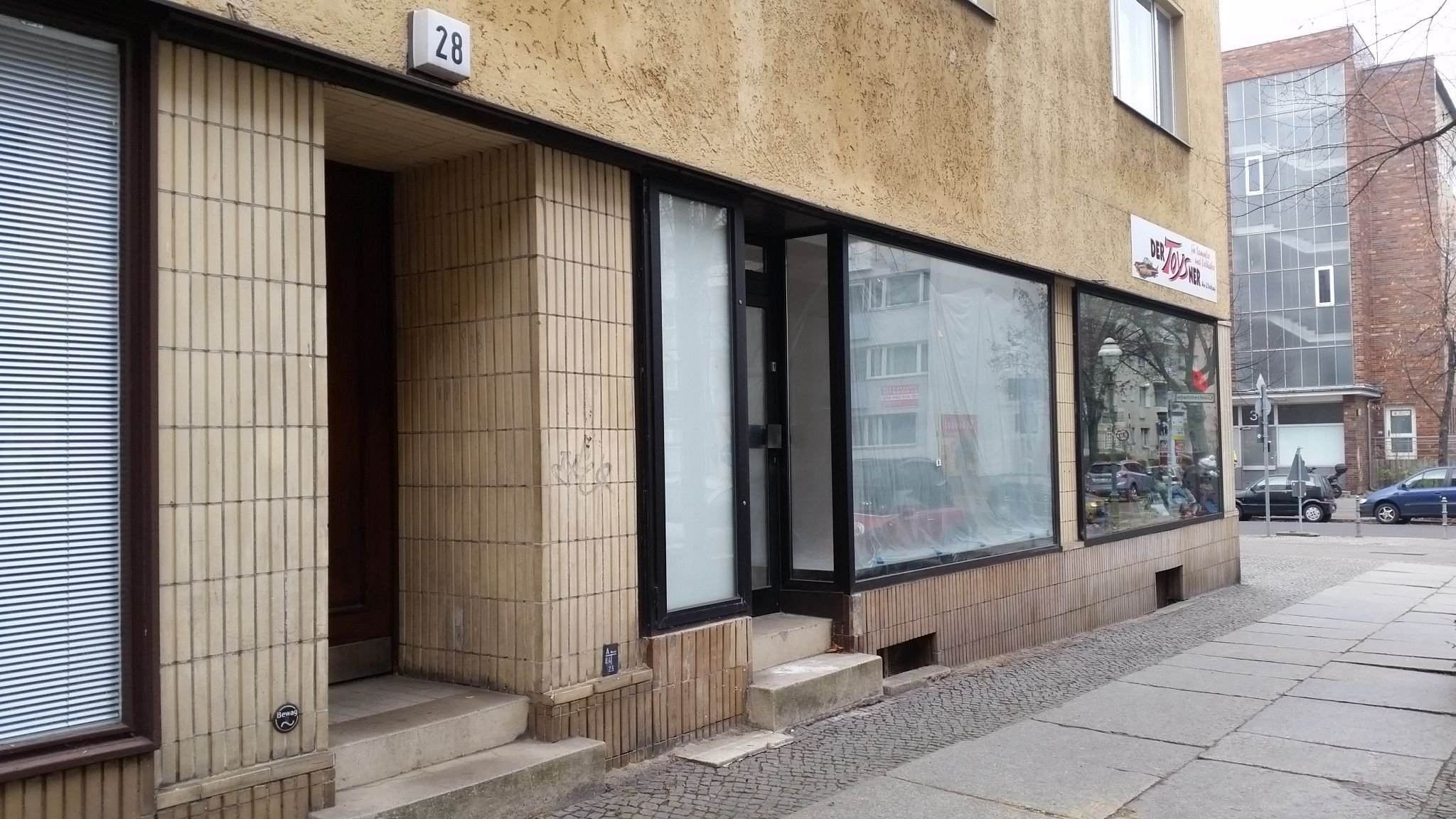 berlin b ro oder einzelhandel in wilmersdorf fai. Black Bedroom Furniture Sets. Home Design Ideas